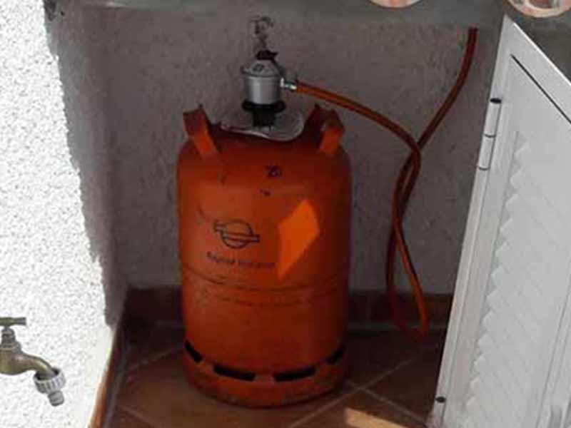 Kontrollieren und warten der Gasanlage